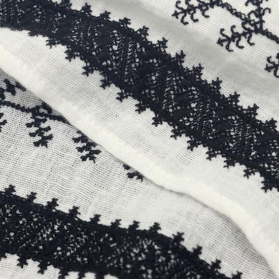nowos[ノーウォス]ノースリーブ刺繍ブラウス 4303005185